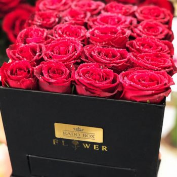 باکس گل رز قرمز کشودار