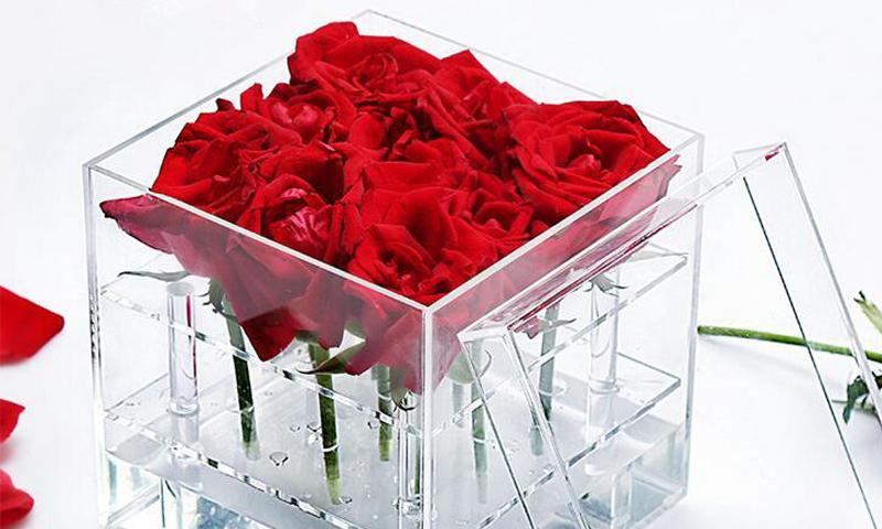 باکس گل شیشه ای