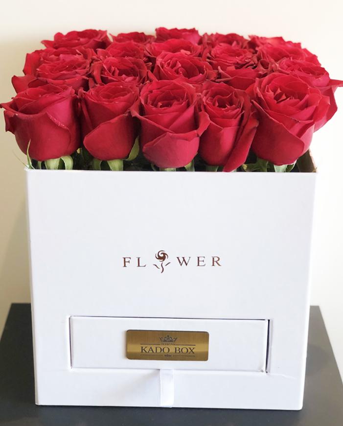 باکس گل هدیه تولد