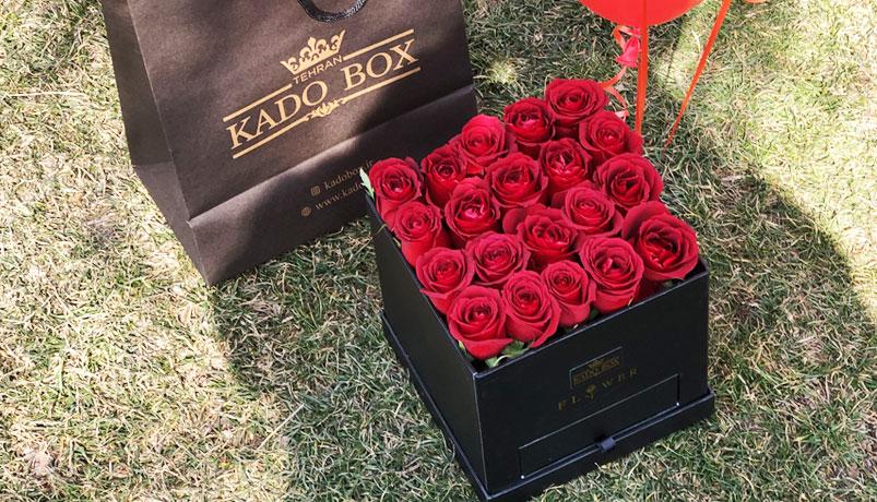 جعبه گل هدیه رز قرمز