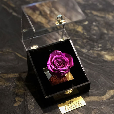 باکس گل رز جاودان